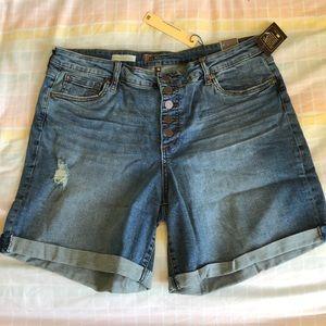 KFTK Catherine High Rise Boyfriend Shorts Size 16